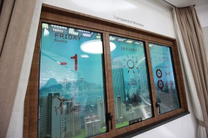 Transparent-Window-Display_01